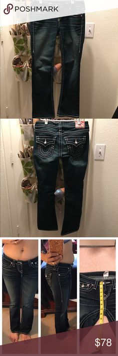 💕💕True Religion💕💕 Pre loved item pls check the last pictures feel free to ask me questions thxs✅✅✅ True Religion Jeans Straight Leg