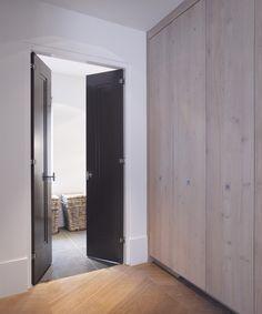 Gerelateerde afbeelding Tall Cabinet Storage, Furniture, Design, Home Decor, Lush, Decoration Home, Room Decor, Home Furnishings