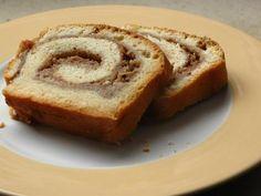 Apple-Hazelnut-Cinnamon-Swirlcake