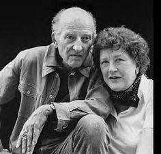 Paul & Julia Child.                                                                                                                                                                                 Mais