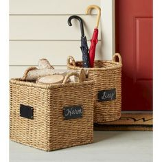 The chalkboard labels on these baskets make for easy storage