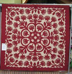 Red Hawaiian Quilt by HSQG Fotos, via Flickr