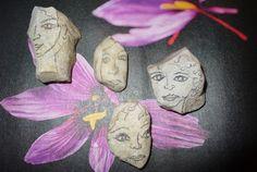 gezichten tekenen op stenen