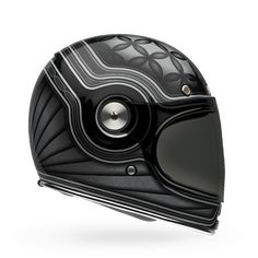 Inspired by the very first Bell Star helmet, the Bullitt is a modern take on the original. Featuring an exceptional fit and ultra-high quality details, the Bullitt is the perfect helmet for riders loo