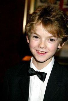 Thomas Brodie Sangster Love Actually Nanny McPhee The Maze Runner Thomas Brodie Sangster, Newt Maze Runner, Maze Runner Series, Nanny Mcphee, Love Actually, Celebrity Crush, Actors & Actresses, Hot Guys, Fangirl