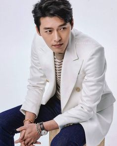 Hyun Bin& upcoming movies: Cooperation 공조 - Korean Movie Con Man 꾼 - Korean Movieooperation Handsome Prince, Handsome Actors, Hyun Bin, Asian Actors, Korean Actors, Korean Men, Korean Celebrities, Celebs, Hyde Jekyll Me