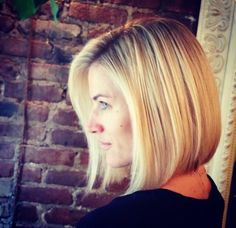 if you want to try super bob hairstyles, and don't want to cut your hair very short, these Super Bob Hair 2015 - Bob hairstyle are really. Bob Hairstyles For Round Face, 2015 Hairstyles, Short Hairstyles For Women, Pretty Hairstyles, Hairstyle Short, Haircuts, Medium Hair Cuts, Medium Hair Styles, Short Hair Styles