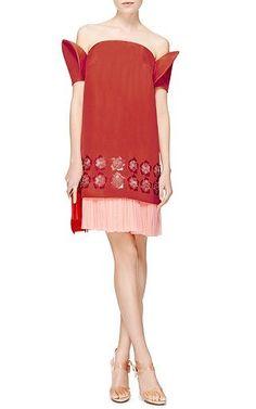 Украшенные мыть Саржевого платье от DELPOZO теперь доступна на мода Операнди