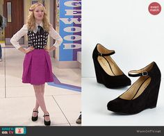 Liv's black maryjane wedges on Liv and Maddie.  Outfit Details: http://wornontv.net/48074/ #LivandMaddie