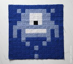Space invaders crochet pixel plaid by HOOKLOOK