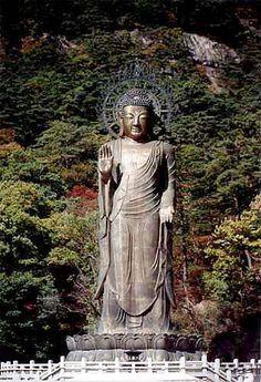 Popchusa (or Beopjusa)--Largest standing image of Buddha in Korea