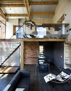 eclectic industrial with natural elements