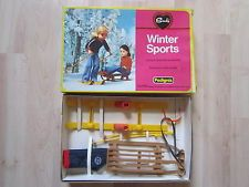 SINDY PEDIGREE WINTER SPORTS 1970'S BOXED.
