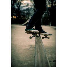 I used to skateboard, but I quit when I got my longboard. Bmx, Skateboard Mag, Skateboard Photos, Skateboard Design, Bufoni, Skate Photos, Mental Break, Skate And Destroy, Skate Surf