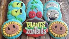 Plants vs Zombies cookies, so cute! Zombie Birthday Cakes, Zombie Birthday Parties, Zombie Party, Birthday Cookies, Boy Birthday, Birthday Ideas, Plants Vs Zombies, Zombies Vs, Plantas Versus Zombies