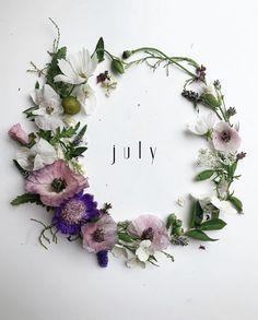 Seasons Months, Months In A Year, Summer Months, Summer Time, 12 Months, Month Flowers, Holiday Wallpaper, Jar Crafts, Flower Crafts