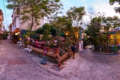 Tsinari Thessaloniki, Street View, History, Log Projects, Historia