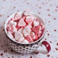 Whenever I tell people that I like the pink sweet hearts, people say that I'm crazy. They say that they taste like chalk, but personally I love this candy.