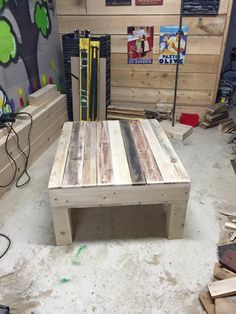 Repurposed pallet square shape coffee table