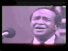 المطرب السوداني سيد خليفة مع أغنية أزيكم