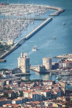 Les Vols de Max, photo prise par hélicoptère. Le Port de La Rochelle et, plus loin, le Port de Plaisance Des Minnimes. C.B.