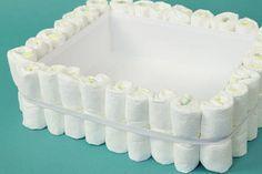 How to Make a Bathtub Diaper Cake Diaper Cakes Tutorial, Diaper Cake Instructions, Diy Diaper Cake, Nappy Cakes, Cake Tutorial, Diy Diapers, Baby Shower Diapers, Baby Shower Cakes, Baby Shower Gifts
