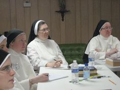 Serious thinking going on. From left to right: Sr. Mary Rose (Lufkin), Sr. Maria Teresa (Summit), Sr. Mary Dominic (Lufkin), Sr. Mary of Jesus (Elmira) and Sr. Mary Thomas (Lufkin)