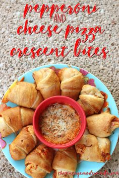 Want a quick and easy dinner that kids and adults will love? Try these Pepperoni and Cheese Crescent bites! With only 4 ingredients this meal is cheap to make and delicious to eat!
