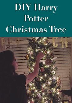 Hello everyone and Happy Holidays! This year for Christmas my close family and I wanted to focus less on gifts Harry Potter Ornaments, Harry Potter Christmas Tree, Harry Potter Diy, Movie Basket Gift, Movie Gift, Pineapple Pinata, Hawaiian Theme, Fall Gifts, Halloween Items