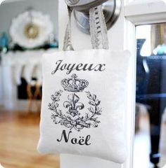 Joyeux Noel Merry Christmas in French Country Sign Plaque Paris Apartment Chic