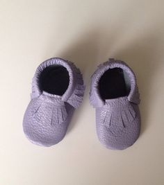 Periwinkle Leather Baby Moccasins on Etsy, $28.00