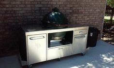 Up against the wall Big Green Egg Table, Green Eggs, Stainless Table, Ceramic Cooker, Bbq, Kitchen Appliances, Wall, Outdoor Decor, Home Decor