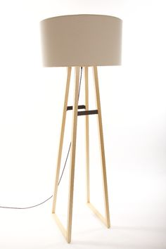 Easel lamp by Natural Urbano. | Design | Pinterest | Woodwork ...