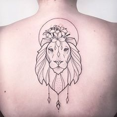 Minimalistic lion tattoo by Melina Wendlandt