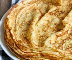 French Desserts, Easy Desserts, Classic French Dishes, Desserts With Biscuits, Crepe Recipes, Bakery Cakes, Desert Recipes, Food And Drink, Cooking Recipes
