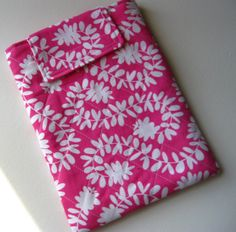Gift for mom : Kindle / Nook Case in Pillow and Maxfield's by thesewingmachine