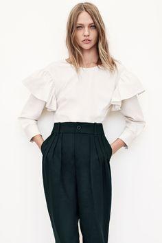 Zara prend le tournant vert et présente une collection merveilleuse qui embellira votre garde-robe et vous donnera bonne conscience.