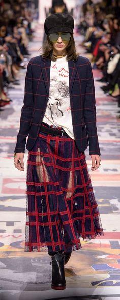 Christian Dior Fall-winter 2018-2019 - Ready-to-Wear - http://www.orientpalms.com/Christian-Dior-7163 - ©ImaxTree