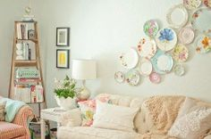 Shabby Chic Living Room Gallery Ideas 5 image is part of 70 Vintage Shabby Chic Living Room Decorations Ideas gallery, you can read and see another amazing image 70 Vintage Shabby Chic Living Room Decorations Ideas on website Shabby Chic Plates, Shabby Chic Wall Decor, Shabby Chic Living Room, Shabby Chic Kitchen, Shabby Chic Homes, Living Room Decor, Dining Room, Vintage Plates, Kitchen Rustic