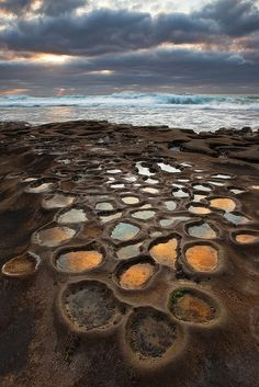 La Jolla Potholes near San Diego, California, USA (by D Breezy).