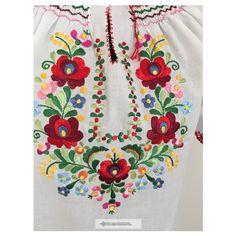 Hímzett blúz matyó mintával 4 Floral Tops, Women, Fashion, Embroidery, Moda, Top Flowers, Fashion Styles, Fashion Illustrations, Woman