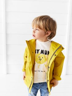 A range of classic and fashionable outerwear for baby boys aged 3 months to 5 years at ZARA online. Boy Haircuts Long, Little Boy Hairstyles, Toddler Boy Haircuts, Boys Long Hairstyles, Toddler Boy Fashion, Kids Fashion, Toddler Boy Long Hair, Baby Haircut, Boy Outfits