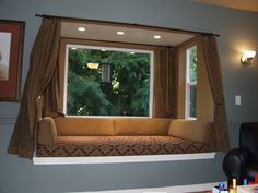 Building a Window Seat With Storage - EzineArticles Submission