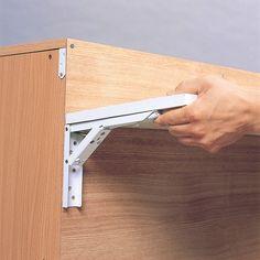 狭いからと諦めないで!壁付けの折りたたみテーブルを使ったアイデア集 | iemo[イエモ]