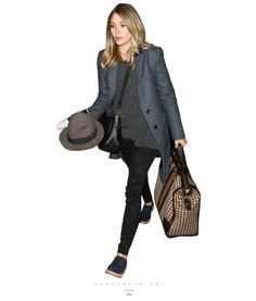 elizabeth olsen, airport outfit