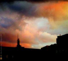 """Photography: """"O Céu pode esperar"""", Photo Credits by Helena Simões da Costa © Photography 2016. No meu artigo dois poemas, um meu e outro de Rudyard Kipling, e três fotografias da minha autoria (no blog do Arlindo). My photographic work here: http://helenasimoesdacosta.wix.com/helencostafotografia #sky #clouds"""