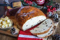 Julebrød: Julekake Christmas Treats, All Things Christmas, Ceviche, Food Styling, Food And Drink, Bread, Desserts, Norway, Circuit