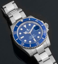 "Rolex - Submariner Date : 116619 : white gold with blue dial and bezel . aka ""The Smurf"" Timex Watches, Rolex Watches For Men, Luxury Watches For Men, Cool Watches, Men's Watches, Rolex Submariner No Date, Popular Watches, Waterproof Watch, Oyster Perpetual"
