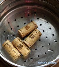 Condo Blues: How to Cut Wine Corks for Crafts the Easy Way!You can find Wine corks and more on our website.Condo Blues: How to Cut Wine Corks for Crafts the Easy Way! Wine Craft, Wine Cork Crafts, Wine Bottle Crafts, Champagne Cork Crafts, Wine Cork Projects, Diy Projects, Auction Projects, Art Auction, Wine Cork Art