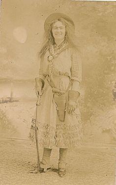 C1905 Ida Devine Sharpshooter Cowgirl